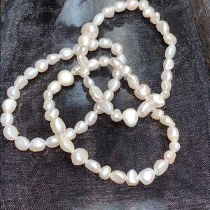 Jewelry - Fresh Water Pearls Bracelets